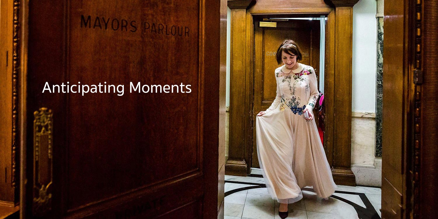Candid picquet of a Bride at Islington Town Hall