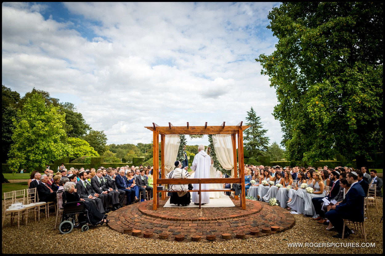 Harpenden wedding photographer outdoor jewish ceremony