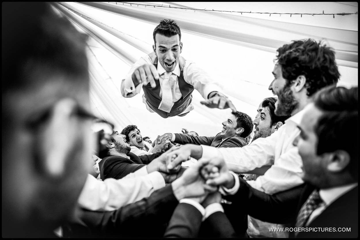 Harpenden wedding photographer israeli dancing
