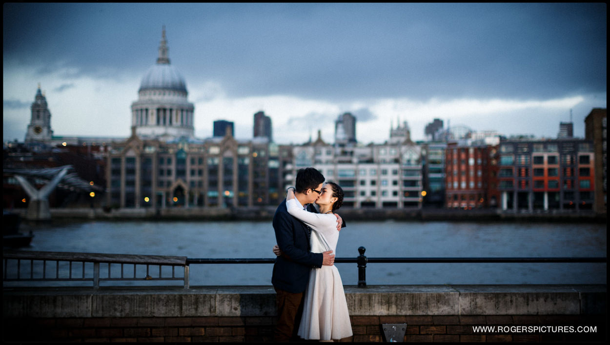 London Engagement Photography on the river