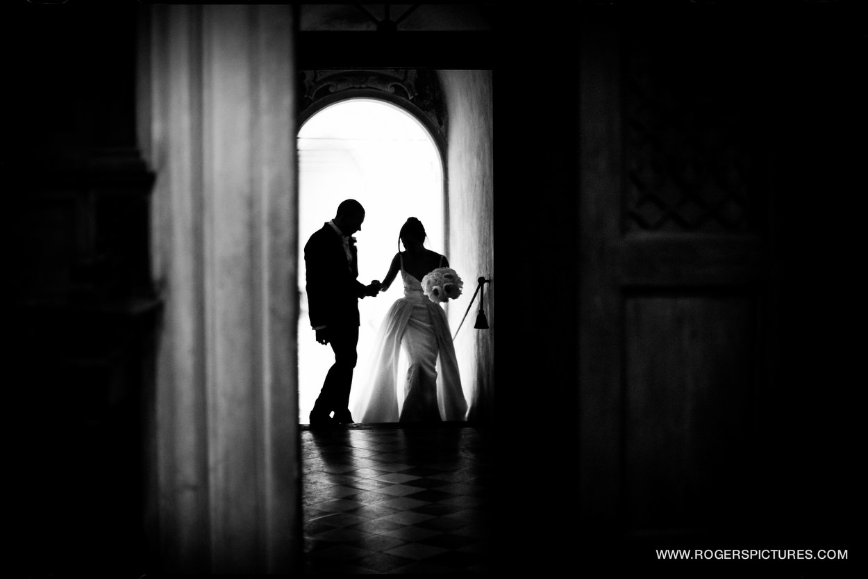 Wedding Photojournalist photographing in Italy