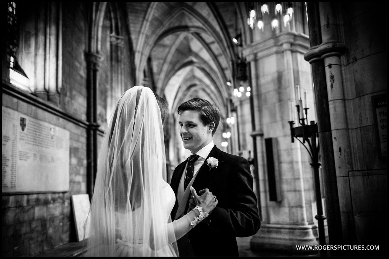 Southwark Cathedral wedding photo