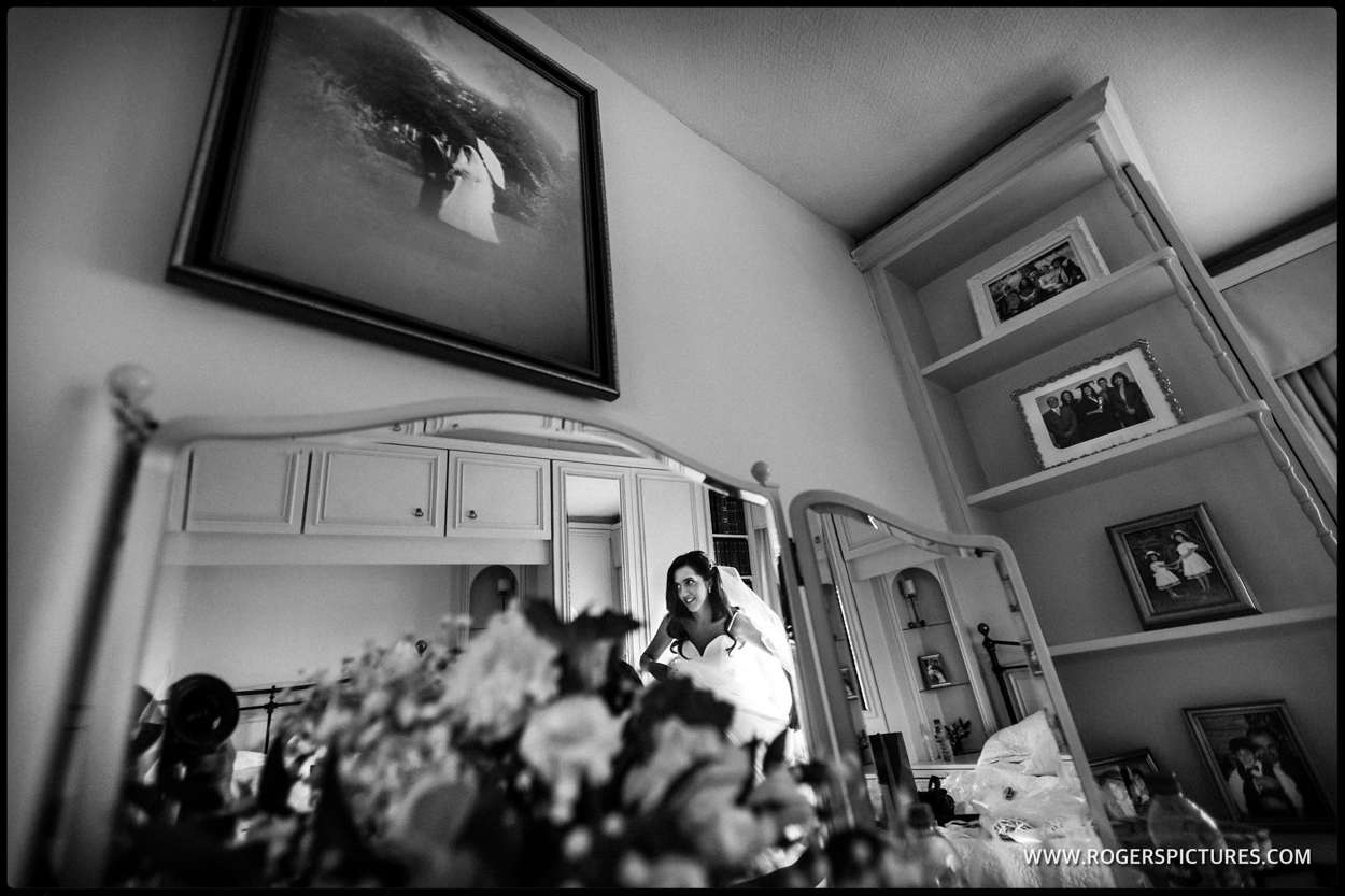 Luton Hoo wedding photography bridal preparations