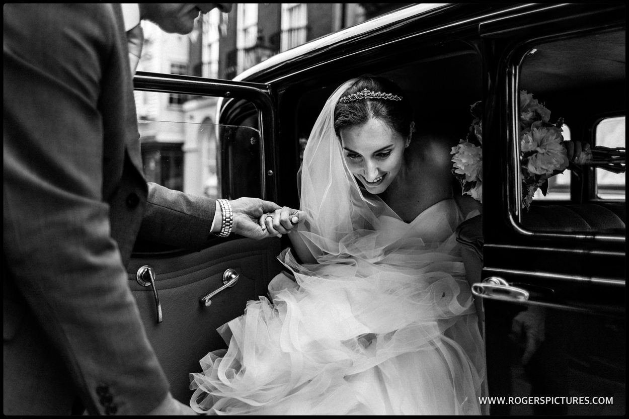 Bride arriving at the George Vaults in Rochester