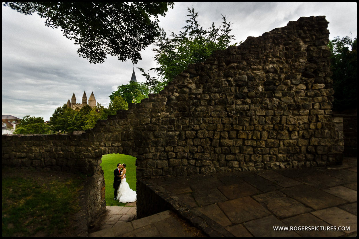 Couple wedding portrait at Rochester Castle