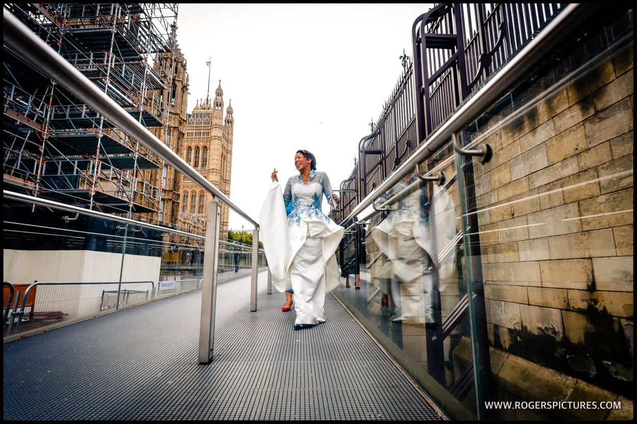 Bride arrives at Parliament for her wedding
