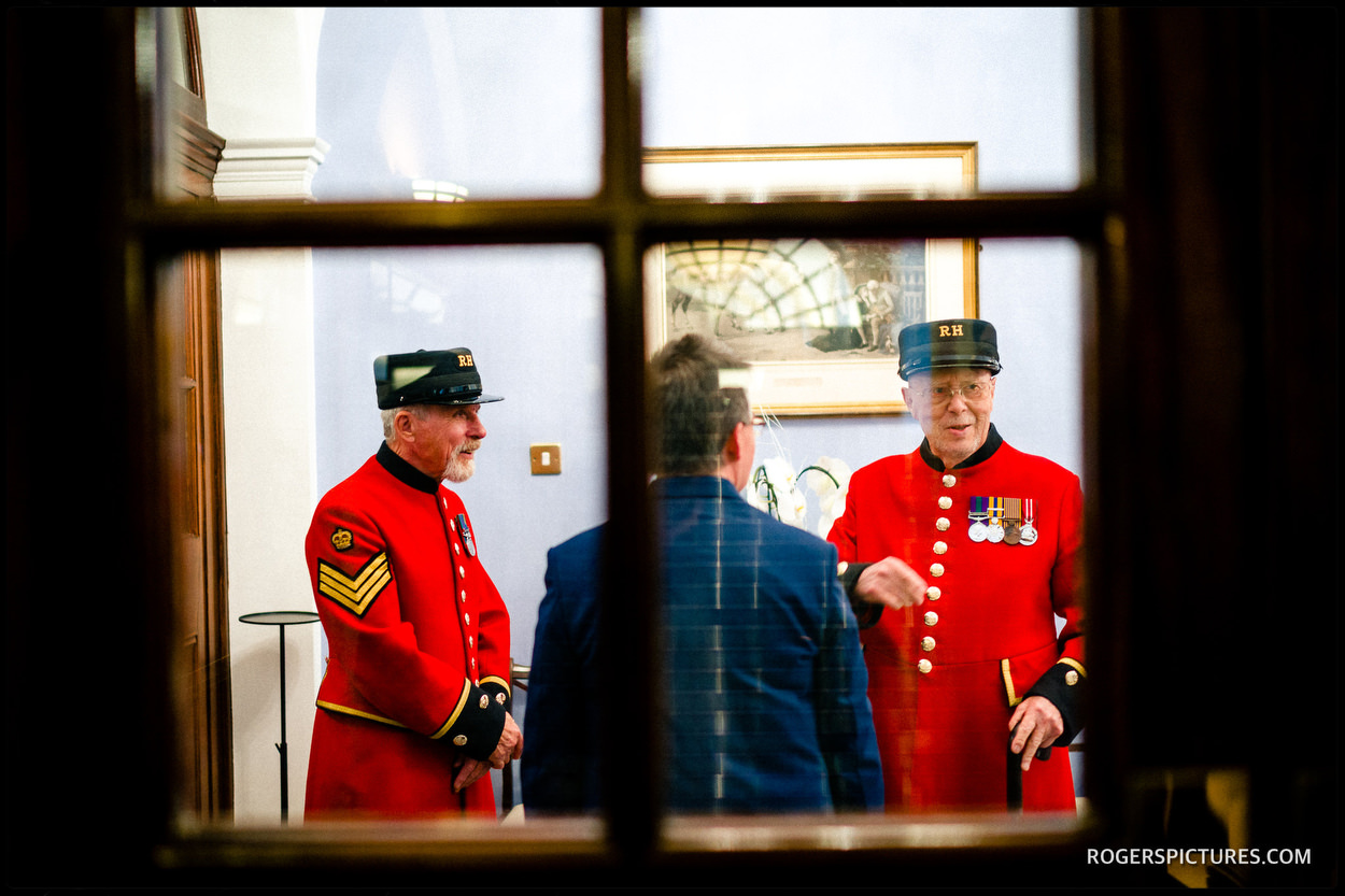 Chelsea pensioner witness at Chelsea Town hall