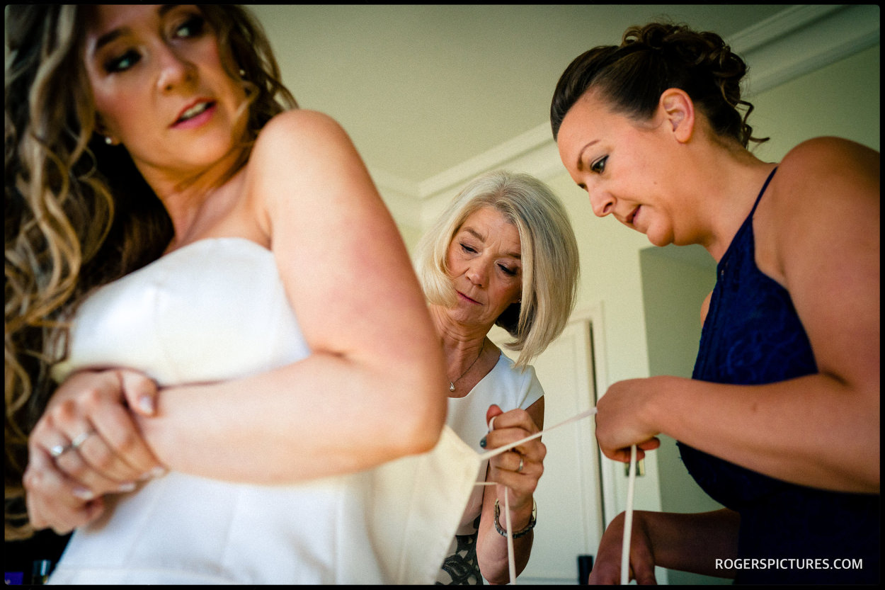 Bridal preparations at Oakley Court Windsor wedding