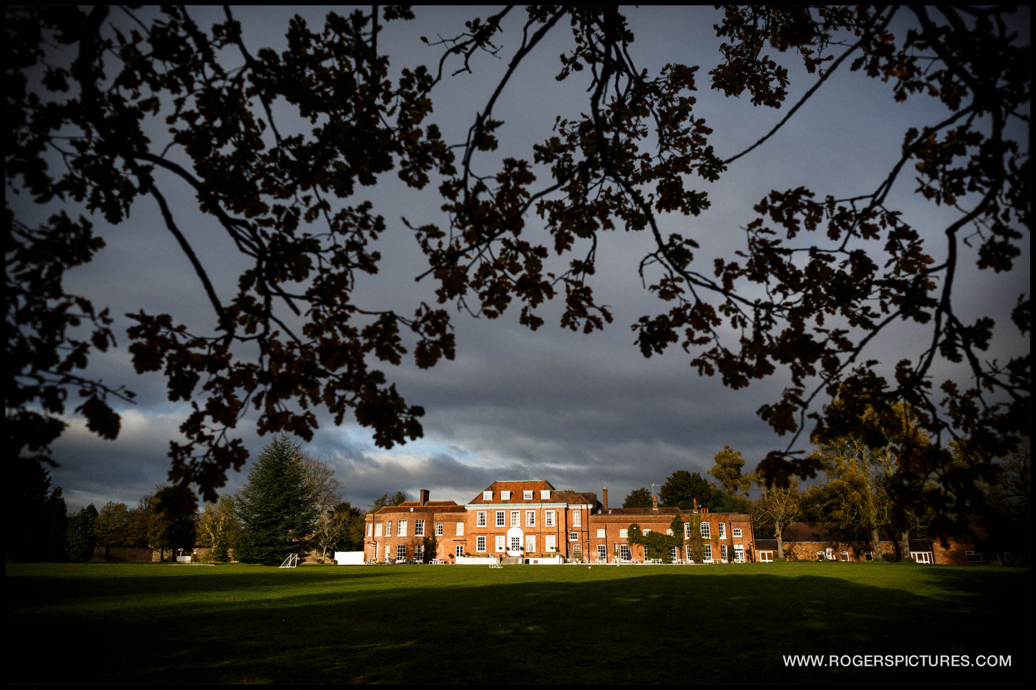 Stoke Place Hotel wedding venue