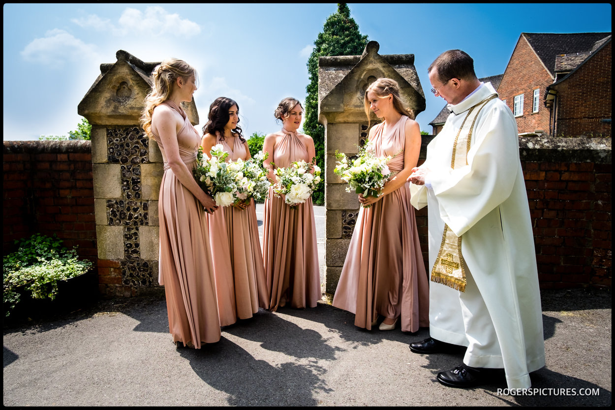 Bridesmaids at a Spring wedding