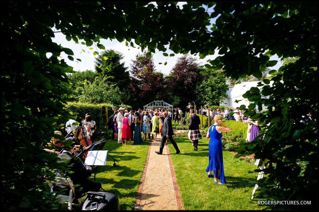 Oxfordshire garden wedding