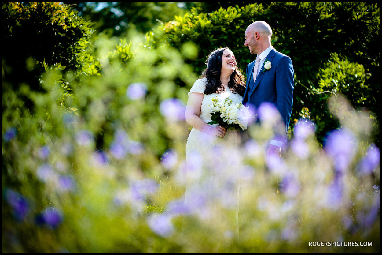 Couple portraits in the gardens at Fulham Palace