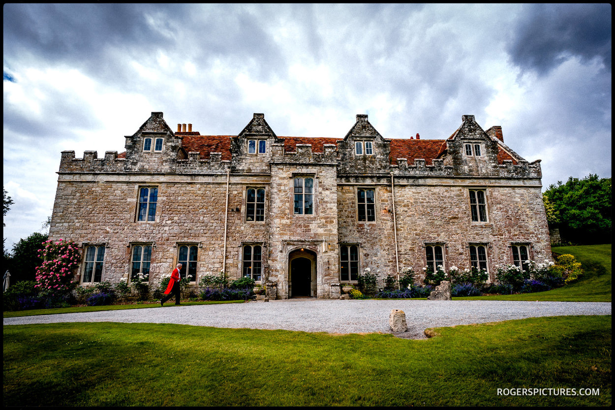 Leeds Castle Wedding Photography Unposed Photojournalism