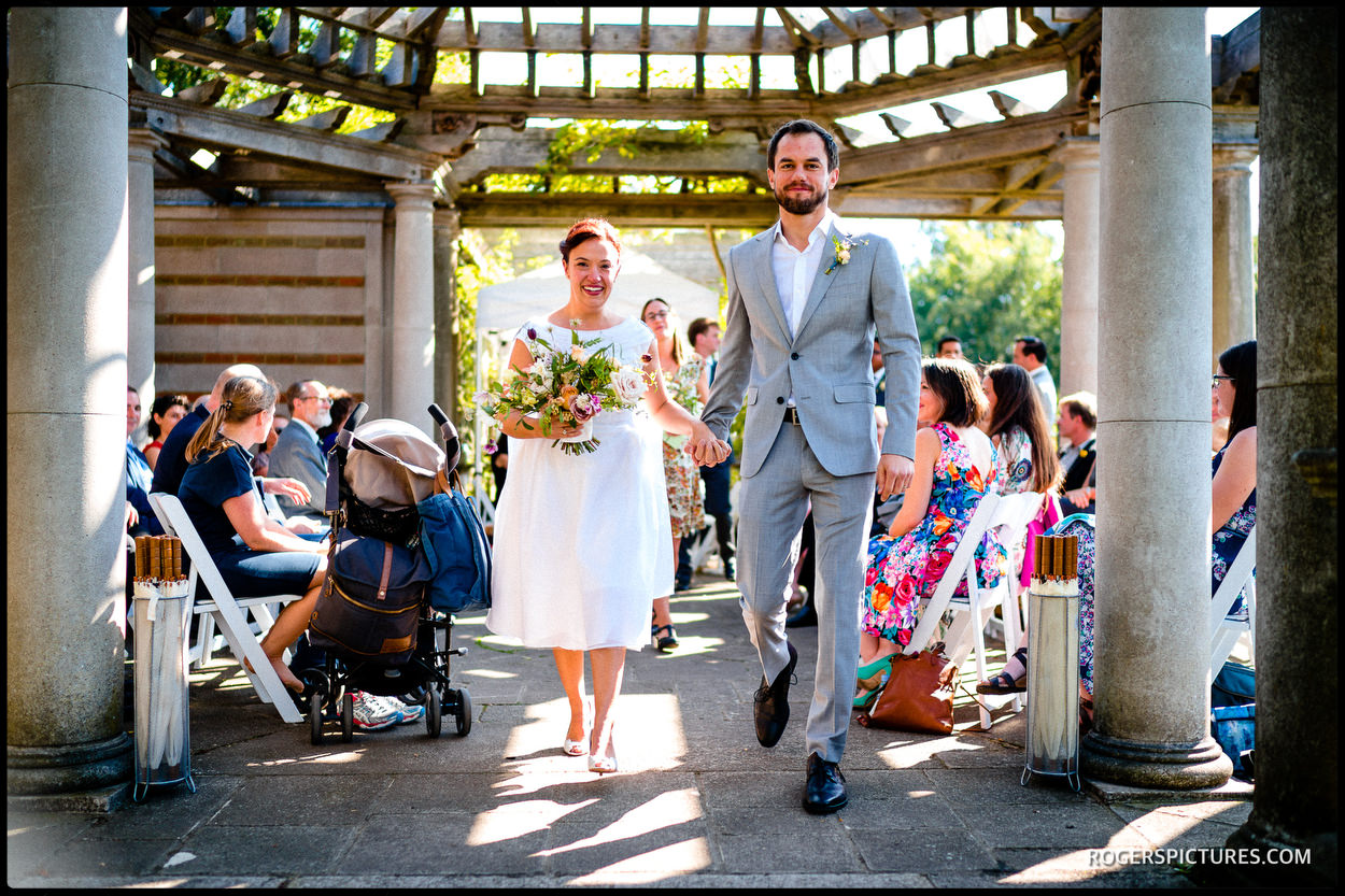 Outdoor wedding at Hampstead Pergola and Hill Gardens