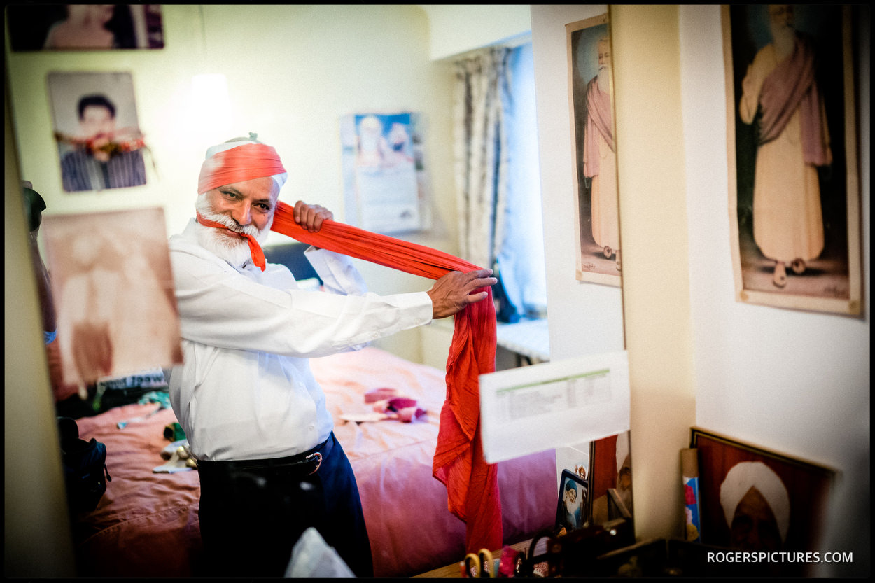 Documentary wedding photography at a Sikh wedding