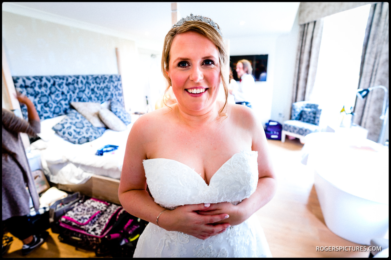 Bridal prep at Stoke Place Hotel