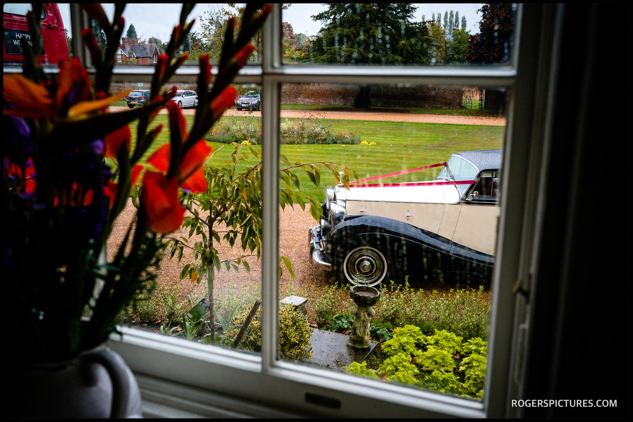 Wedding car at Stoke Place Hotel in Buckinghamshire