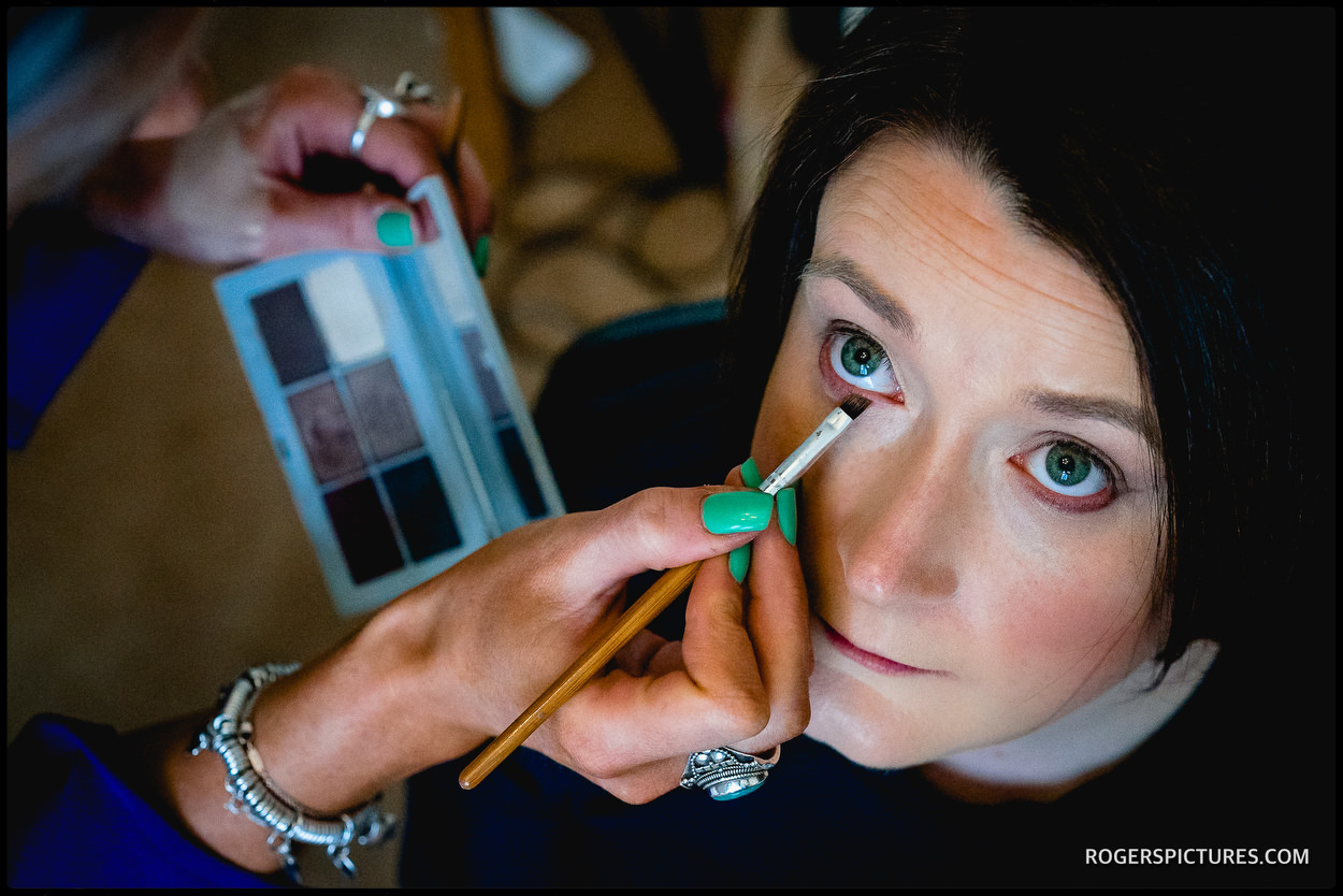Bride prep at Farmers Club in London