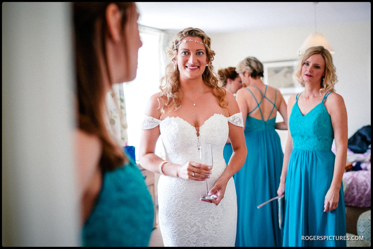 Bride ready for Dulwich college wedding