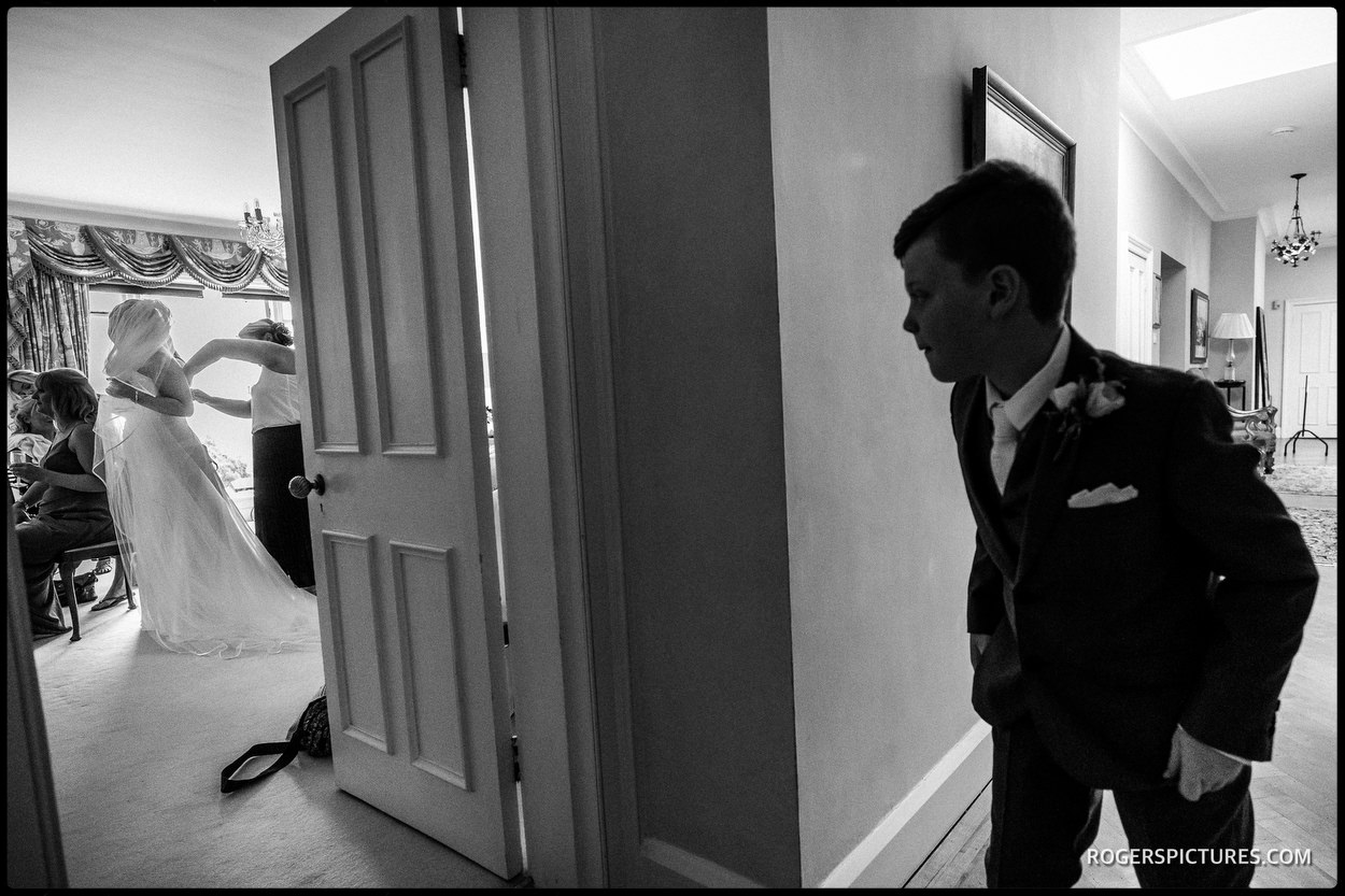 Wedding photojournalism at Wadhurst Castle in Sussex