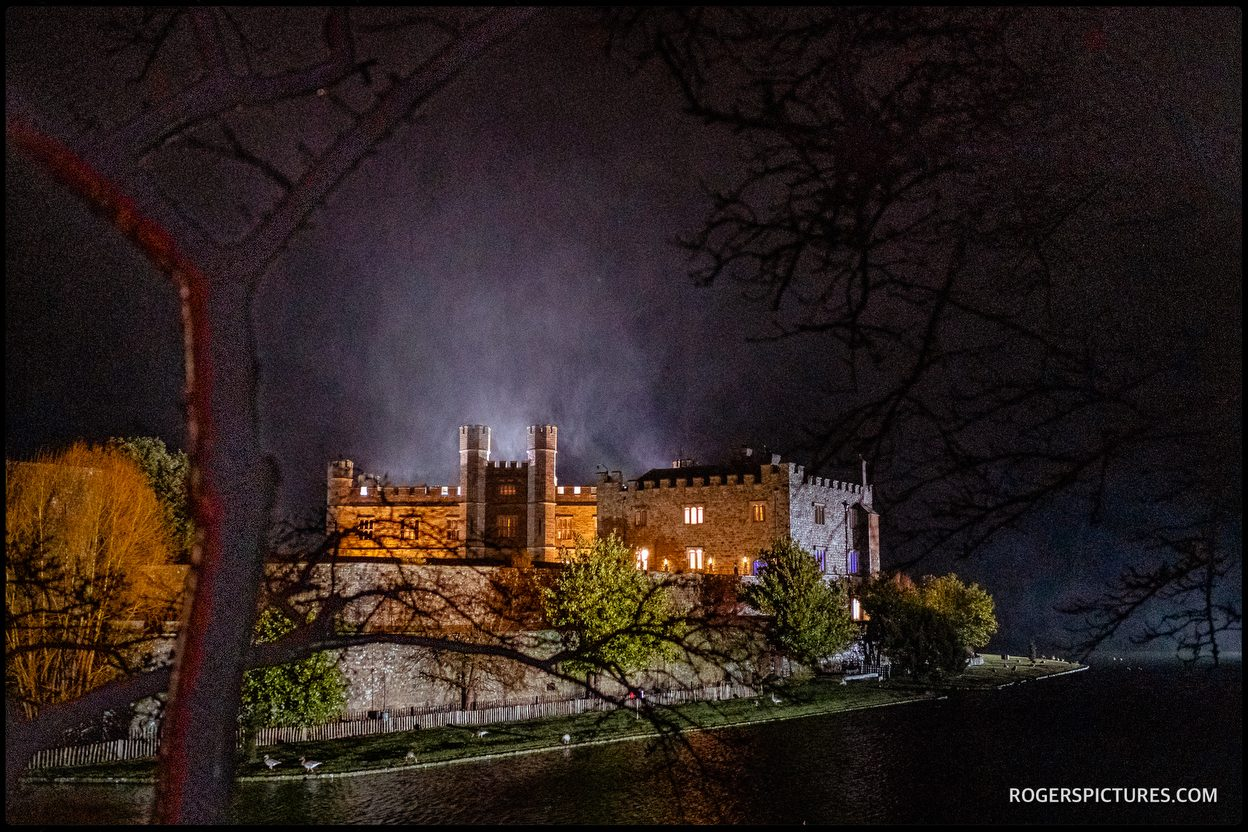 Winter night at Leeds Castle wedding