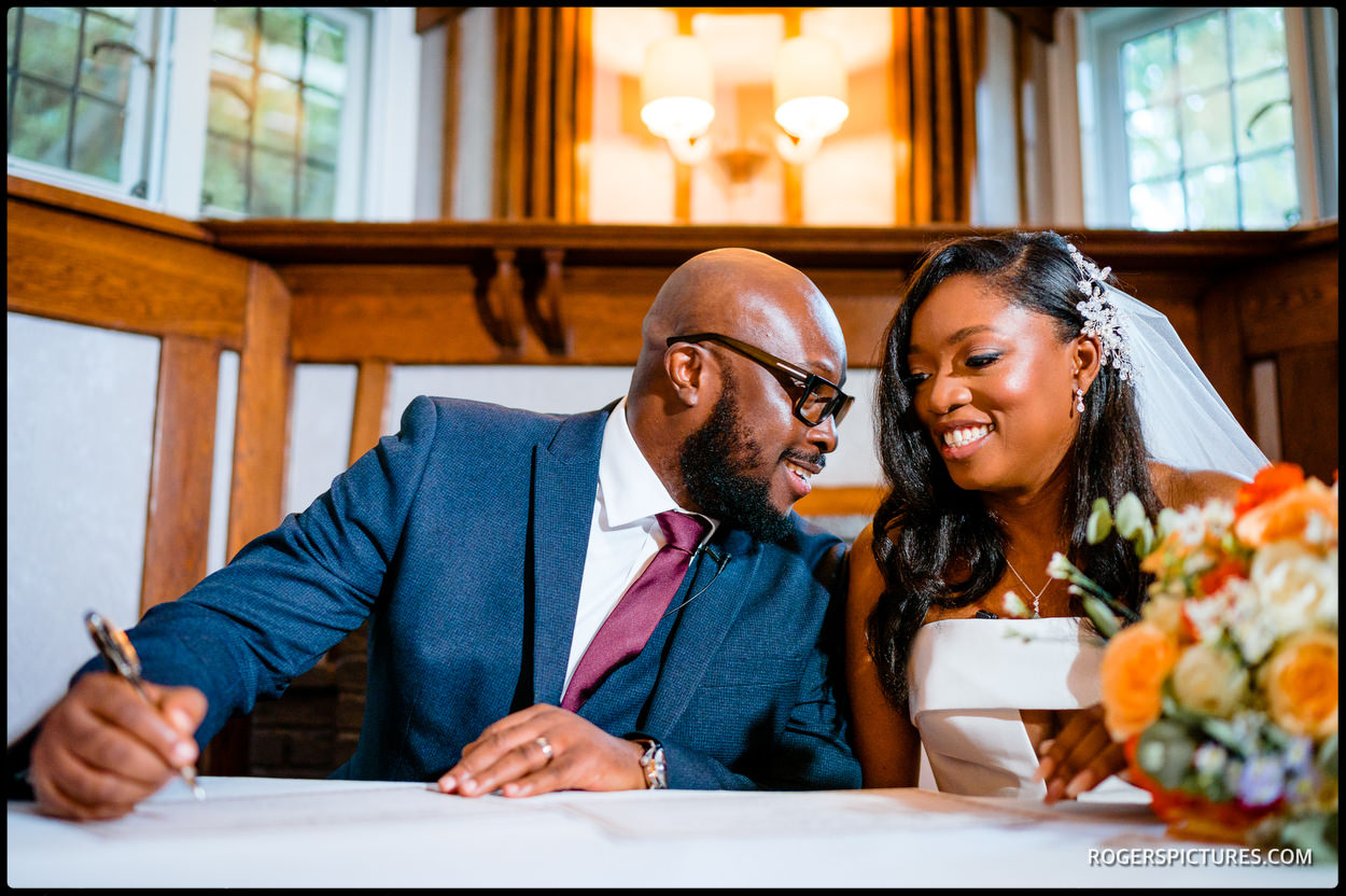 Newly married couple at Richmond Hill Hotel