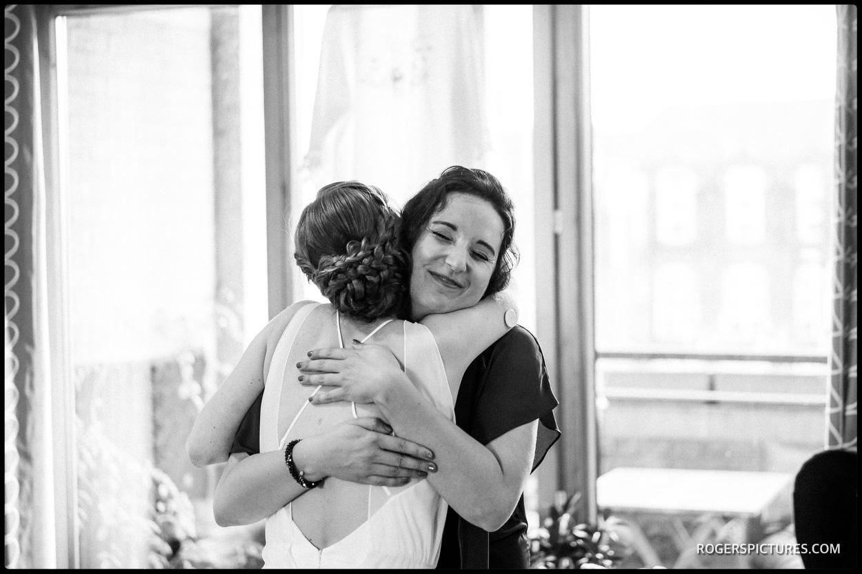 Bride and bridesmaid before London wedding