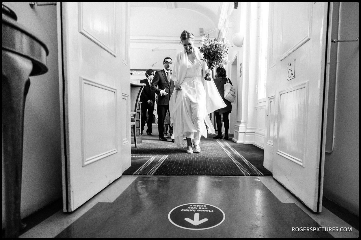 Documentary wedding photography at Tower Hamlets Registry Office Wedding