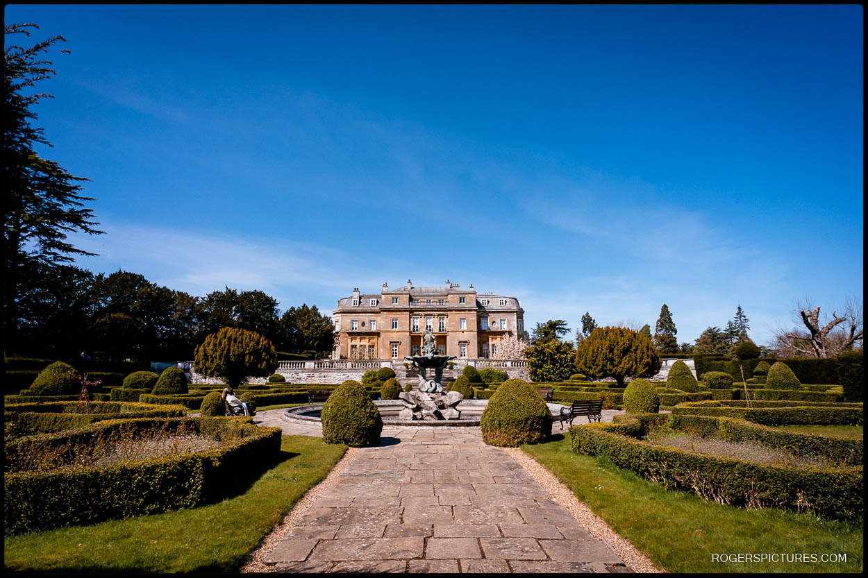 Mansion house wedding venue at Luton Hoo