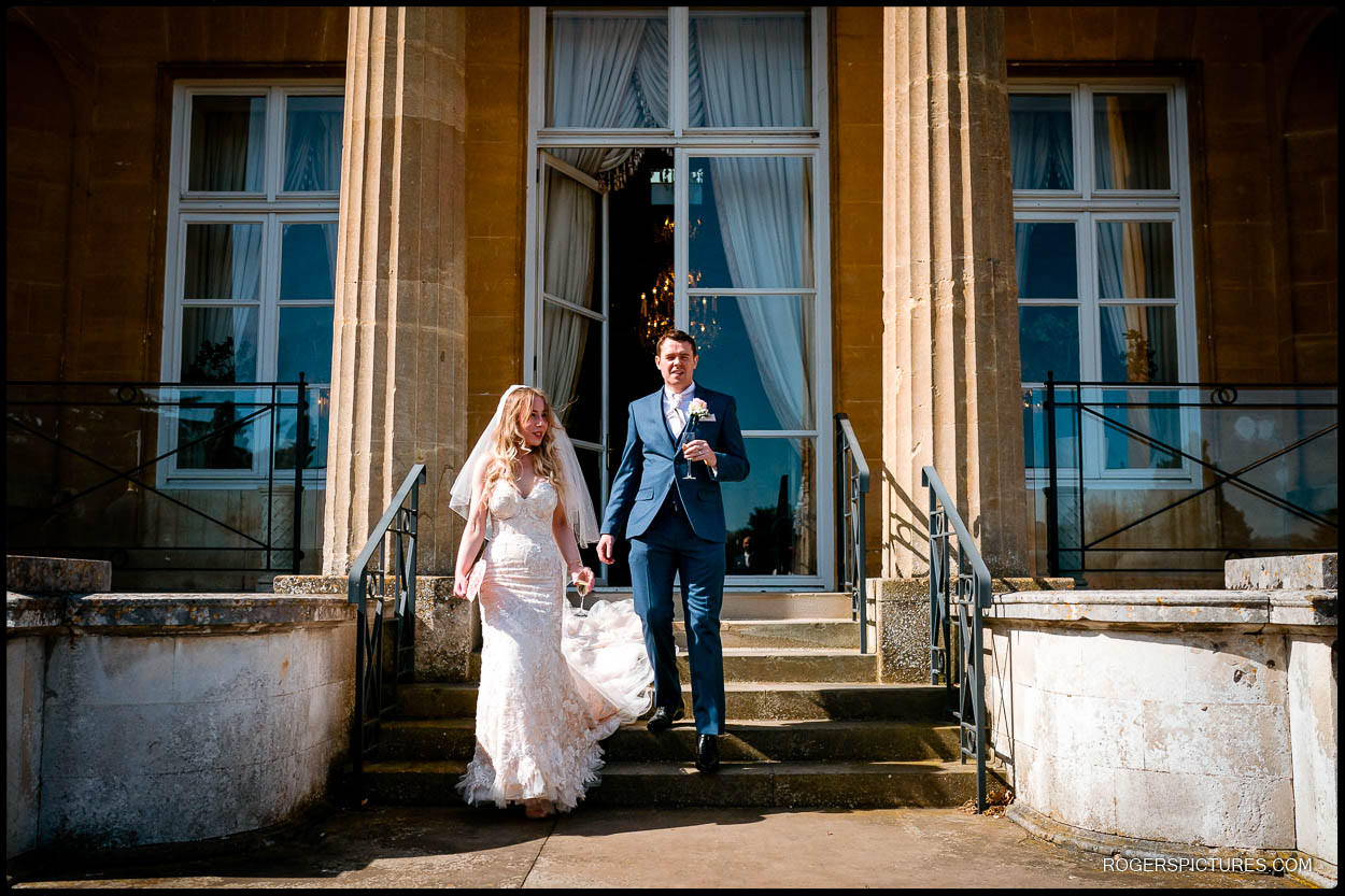 Newly wed couple at Luton Hoo