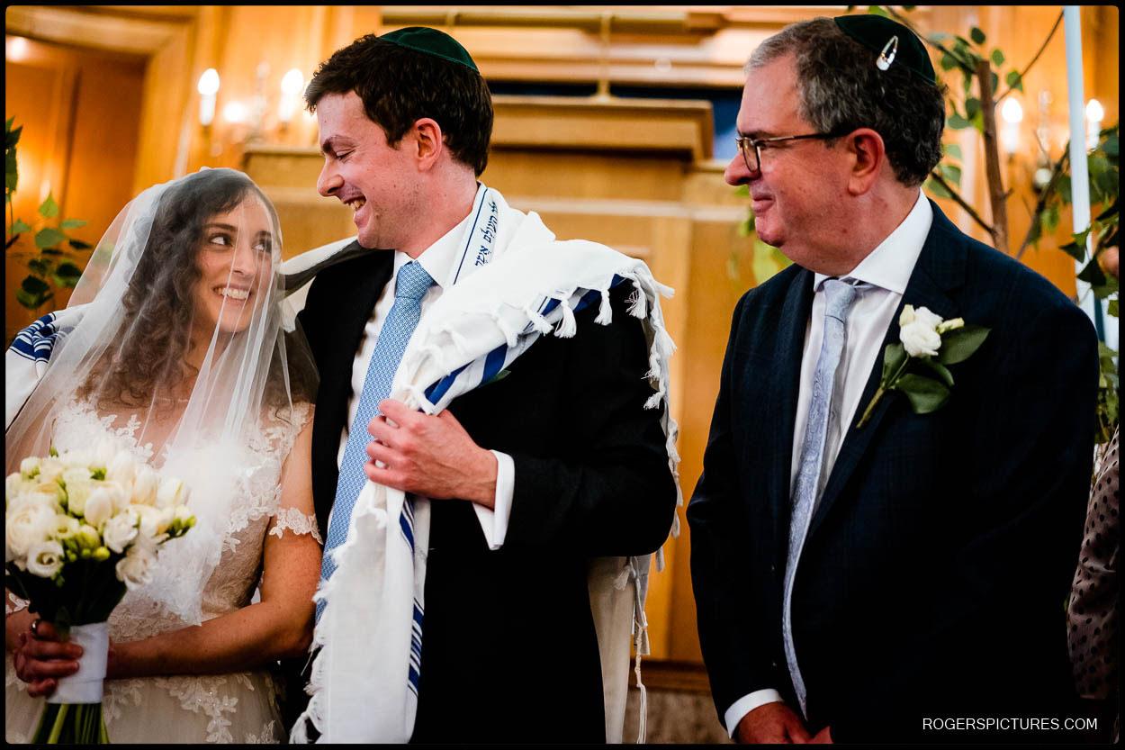 Wedding ceremony at Hampstead Garden Suburb Synagogue