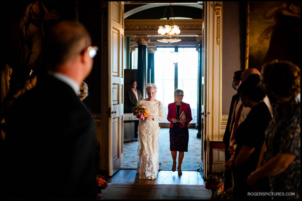Bride arrives at the Music Room in Kenwood House