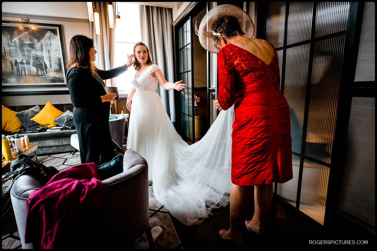 Bride wedding prep at Doxon Hotel